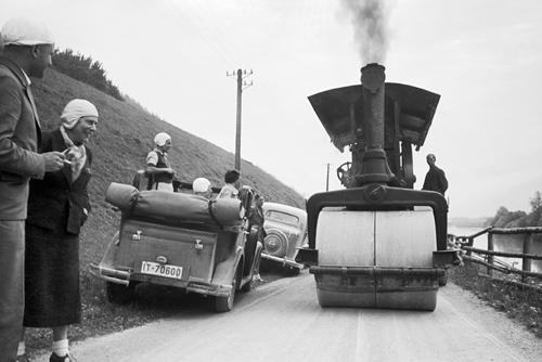 eisenbahn kurier vorbild und modell ank ndigung automobile in den 30er jahren. Black Bedroom Furniture Sets. Home Design Ideas