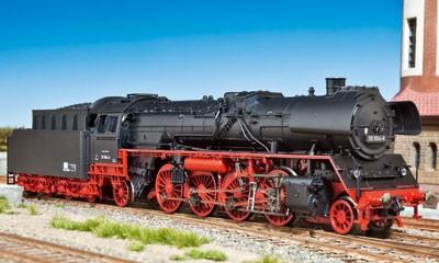 Fleischmann macht es nach – die von der DR aus der P 10 rekonstruierte Baureihe 22 erhielt mit der EDV-Umzeichnung wieder ihre ursprüngliche BR-Nummer 39 zurück