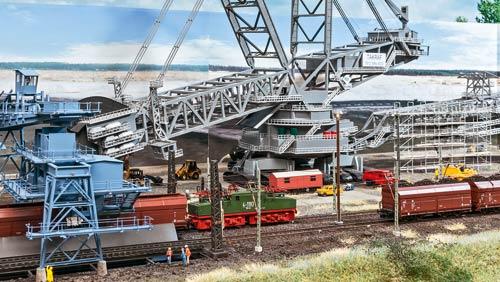 Spur TT: riesiger Schaufelradbagger des MEC Hoyerswerder; Foto: FZ