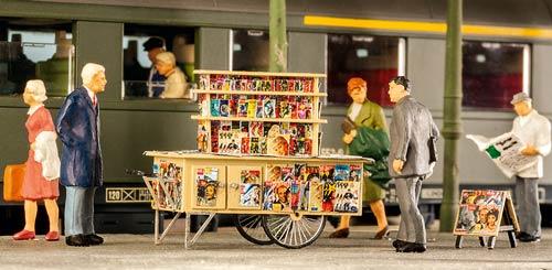 Zeitungsbahnsteigwagen-weinert